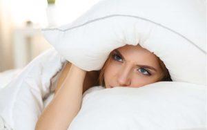 พักผ่อนเต็มอิ่มด้วย 5 เทคนิคผ่อนคลายความเครียดช่วงก่อนนอน